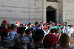 Martinez: «Le voyage en Terre Sainte transforme un chrétien»