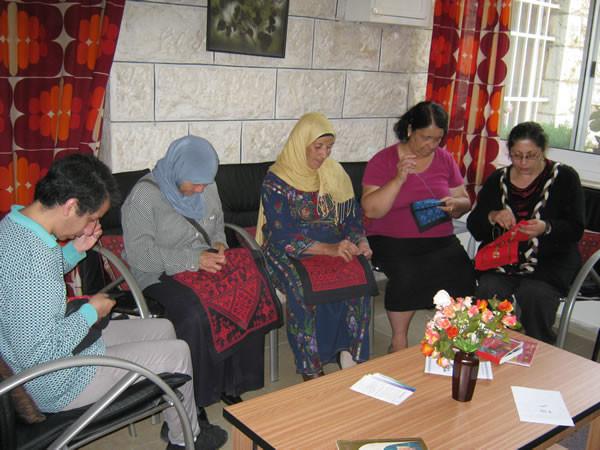 Ramallah, quand solidarité rime avec broderie