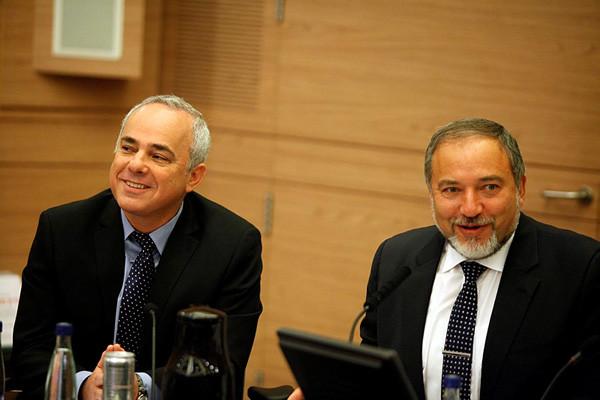 Faut il réoccuper Gaza?