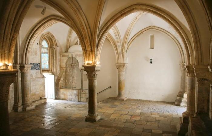 La salle haute du Cénacle sur le Mont Sion est considérée comme le lieu du dernier repas du Christ et de la Pentecôte © Mauro Gottardo / CTS