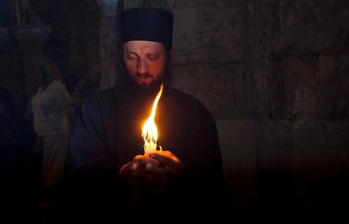 A Jérusalem, la cérémonie du Feu Sacré est le rituel de Pâques le plus évocateur pour les fidèles orthodoxes. ©M.-A. Beaulieu/CTS