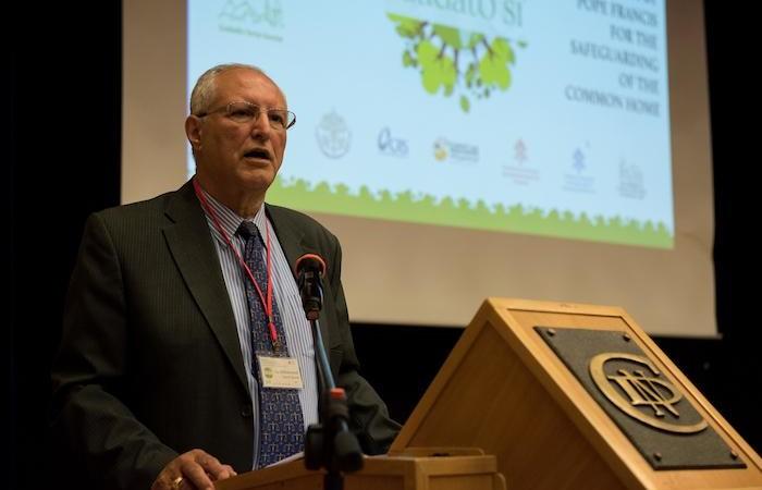 Le rapporteur musulman Mohammed S. Dajani Daoudi.