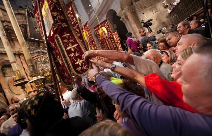 Dans la Basilique de la Résurrection, la cohue et l'enthousiasme sont incontestables. ©M.-A. Beaulieu/CTS