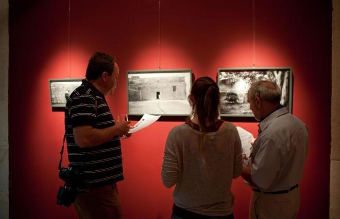 Dans cette galerie photo de Linda Dorigo un aperçu de l'exposition « Nostalgie » exposée à l'Hospice Autrichien à Jérusalem.