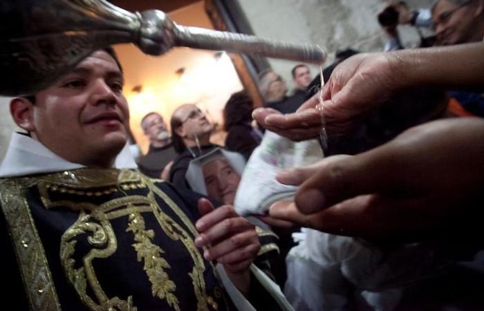 Un moment de la célébration des funérailles de Jésus ©Marie-Armelle Beaulieu/CTS