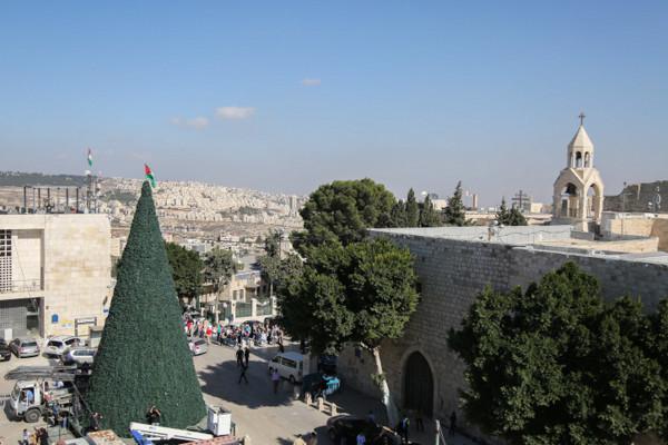 Un Noël endeuillé, tendu et délaissé par les pèlerins