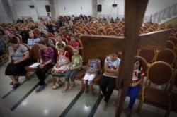 La chasse aux chrétiens se poursuit dans le nord de l'Irak : des milliers de personnes s'enfuient de Qaraqosh