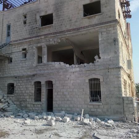 Quelques photos prises lundi matin, 21 juillet, de ce qui reste du couvent franciscain de Yacoubieh, au nord-ouest de la Syrie. (1/3)