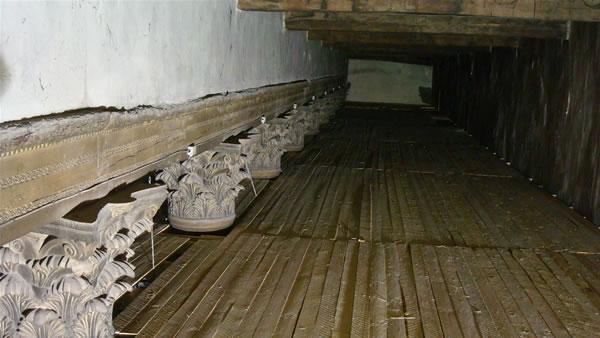 Poutres en bois du VIe siècle. (Photo C. Alessandri)