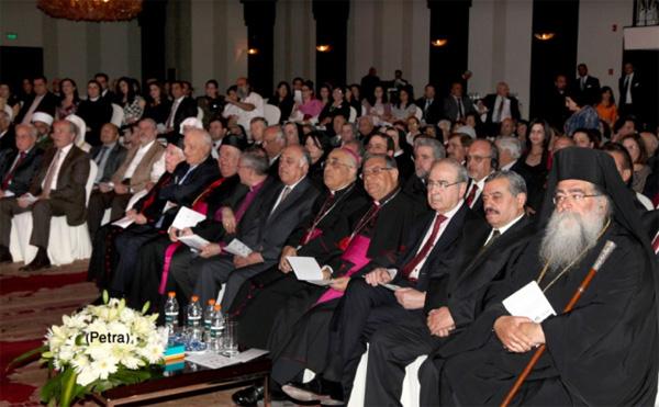 Mgr Celli aux médias chrétiens du Proche Orient : Soyez des témoins courageux