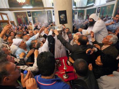 Le pape Chenouda mort, de nombreux coptes ont fait le pèlerinage vers Israël