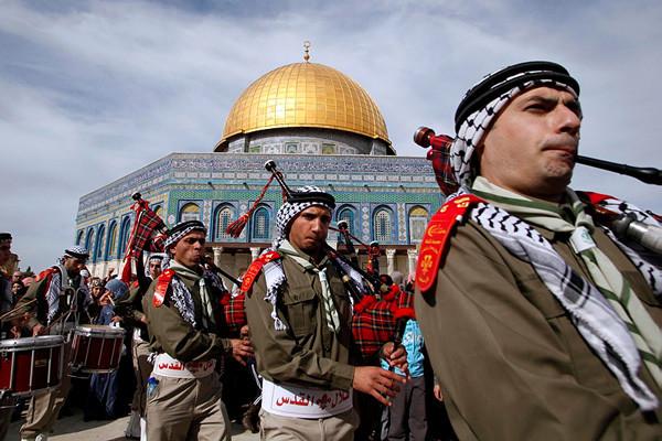 Célébration de la « Leilat alMiraj » au Dôme du Rocher à Jérusalem