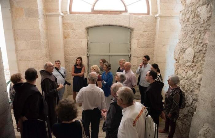 Inspection des locaux destinés à accueillir le Musée.