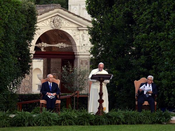 Invocation à plusieurs voix au Vatican pour une paix juste