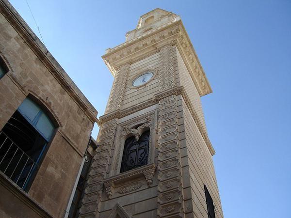 Alep: première messe dans la cathédrale arménienne restaurée