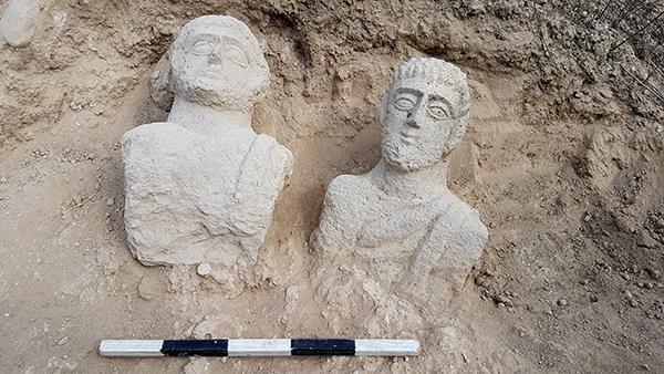 Deux bustes romains débusqués à Beit Shean