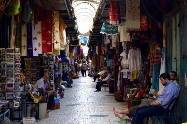 Pèlerinages en berne : quel impact sur les commerçants ?