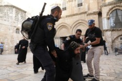 Pourquoi un moine copte a-t-il été arrêté par la police israélienne?