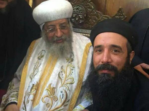 Un prêtre copte-orthodoxe poignardé à mort en Egypte