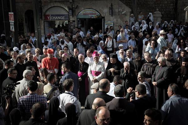 Etat-nation juif: les Eglises catholiques demandent l'abandon de la loi