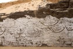 Une tombe royale décorée de bateaux découverte en Egypte