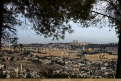 Jérusalem: un téléphérique qui fait grincer des dents