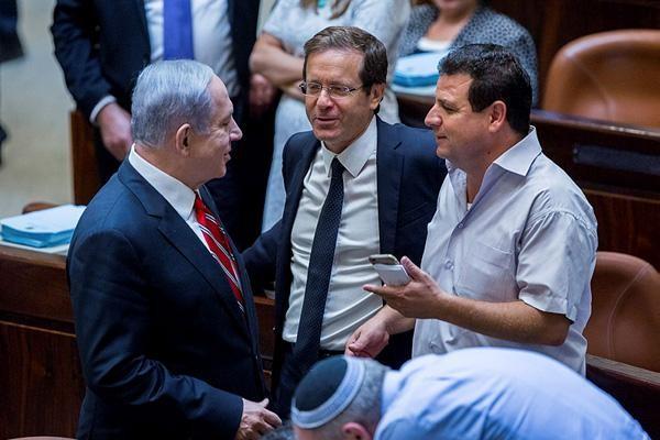 Joute par vidéos interposées entre Netanyahu et Odeh