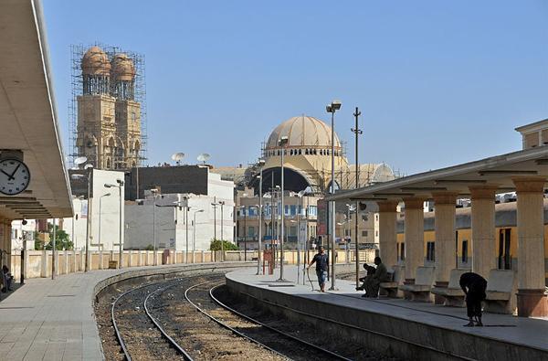 Louxor: la cathédrale St Georges va renaître de ses cendres