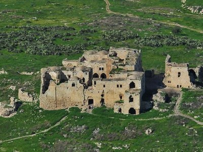 Mirabel, la forteresse croisée qui renaît de ses ruines
