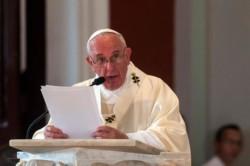 Syrie: le pape prône le dialogue pour protéger les civils