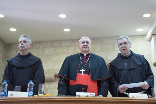 800 ans. Salutations du Pape et intervention du card. Sandri