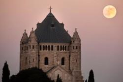 Vandalisme: les Eglises catholiques appellent à l'action