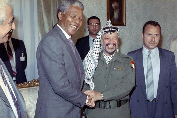 Nelson Mandela hommage tempéré en Israël