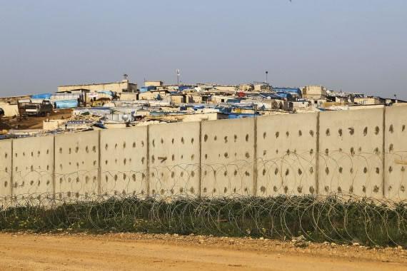 Un nouveau mur au Moyen-Orient entre la Turquie et la Syrie