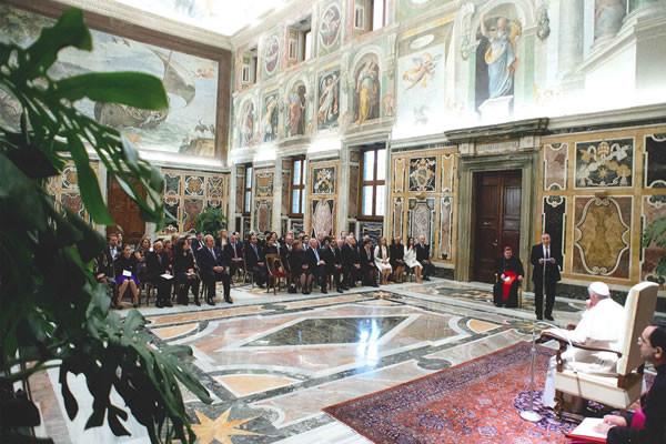 Le pape dénonce à nouveau l'antisémitisme et les persécutions contre les chrétiens