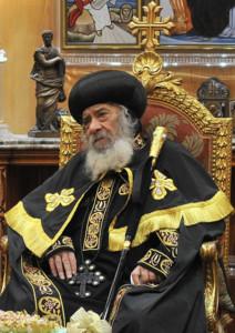 Un musulman se présente pour la succession du pape copte Chenouda