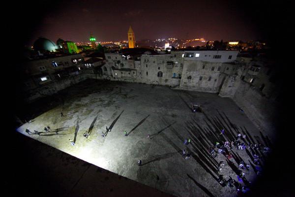 Un concert dans une piscine vieille de 2700 ans