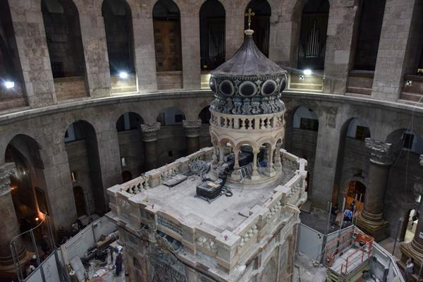 Tombeau de Jésus: inauguration mais pas fin des travaux