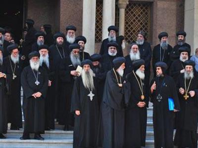 18 candidats pour remplacer le défunt pape copte Chenouda III