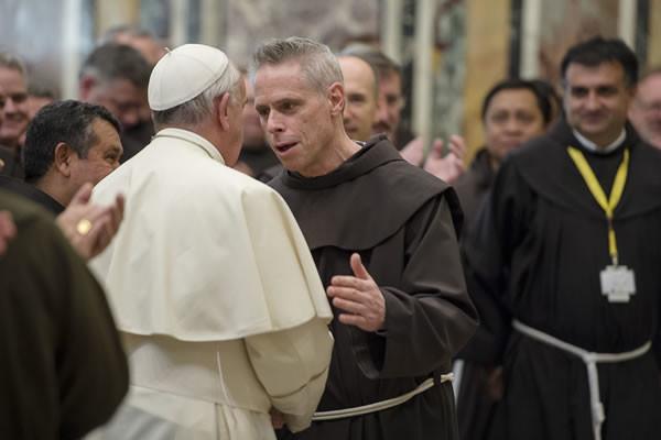 Pape François aux frères franciscains: «Apportez miséricorde, réconciliation et paix»