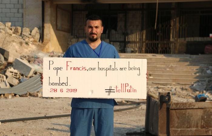 Les assiégés d'Idlib au Pape : « Parlez de nous à Poutine ! »