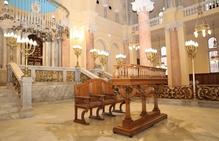 La grande synagogue d'Alexandrie retrouve son lustre d'antan