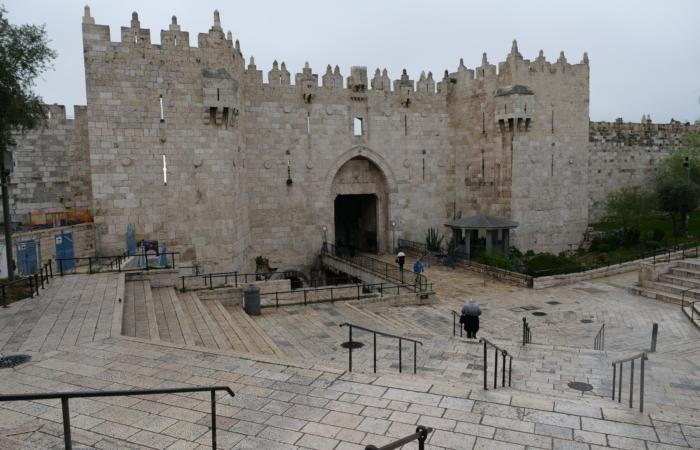 La porte de Damas est déserte. ©Claire Riobé/TSM