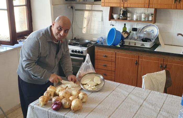 """""""Je fais tout par moi-même, le ménage, la cuisine, le jardinage, je prie...un vrai moine !"""" ©Fr. Toufic Bou Merhi ofm."""