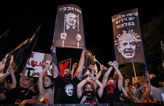 Benjamin Netanyahu est-il soluble dans le coronavirus?