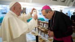 Mgr Pizzaballa a reçu le pallium des mains du pape