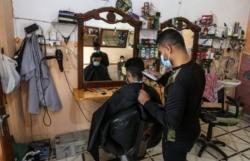 Le coronavirus à Gaza entre résignation et faim