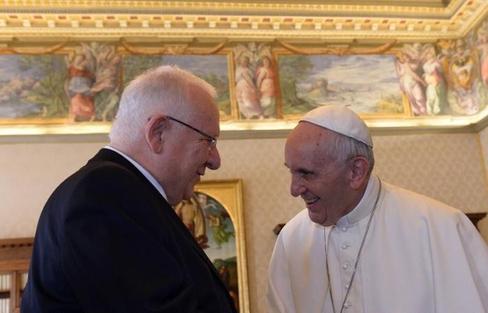 Noël et coronavirus : les vœux du président israélien au Pape François