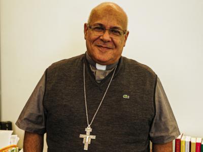 Liban : Mgr César Essayan au chevet des démunis