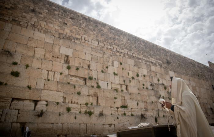 Le mur des Lamentations, quasi vidé de ses visiteurs. 27 mars 2020. Yonatan Sindel/Flash90